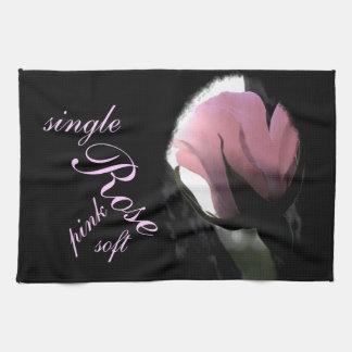 Sola suavidad color de rosa rosada toalla