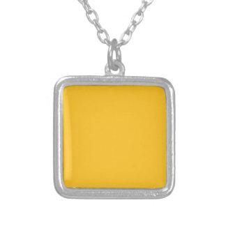 Solamente color sólido elegante OSCB28 del oro Colgante Cuadrado