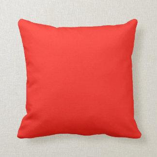 Solamente color sólido rústico del tomate rojo almohada