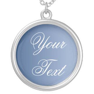 SOLAMENTE COLOREE las pendientes azules + su texto Collar Plateado