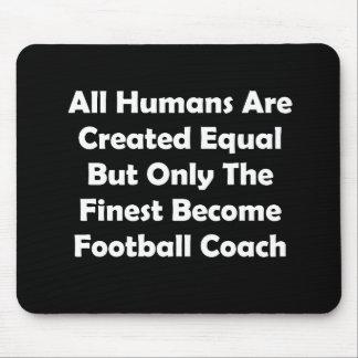 Solamente el entrenador de fútbol convertido más alfombrilla de ratones