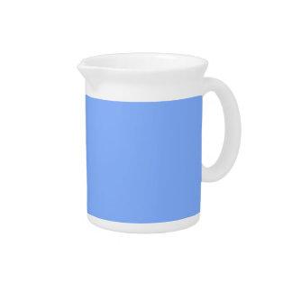 Solamente jarras elegantes azul claro del color