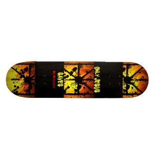Solamente Jesús ahorra el monopatín Skate Board