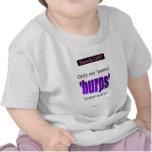 Solamente la mamá burps al bebé camiseta