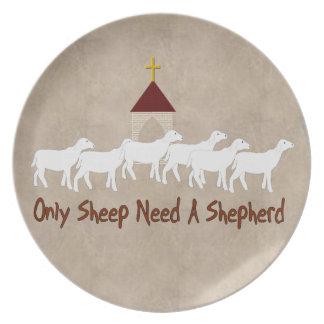 Solamente las ovejas necesitan al pastor plato de comida