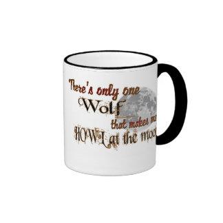 Solamente un lobo para mí taza de dos colores
