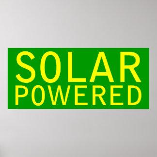 solar accionado póster