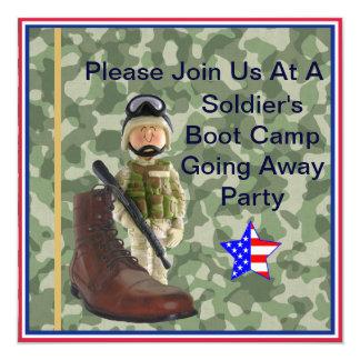 Soldado blanco Boot Camp que va lejos invitación