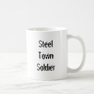 Soldado de acero de la ciudad tazas