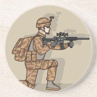 Soldado de arrodillamiento posavasos de arenisca