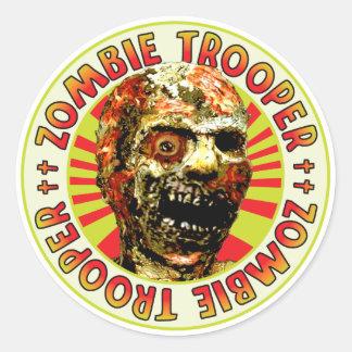 Soldado de caballería del zombi etiqueta
