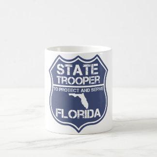 Soldado de caballería estatal de la Florida a Taza Básica Blanca