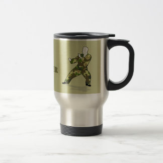 Soldado de Camo en taza de color caqui verde negra