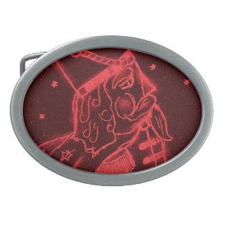 Soldado de juguete en rojo hebillas cinturon ovales