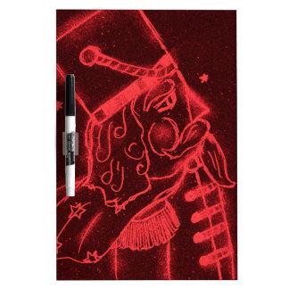 Soldado de juguete en rojo tableros blancos