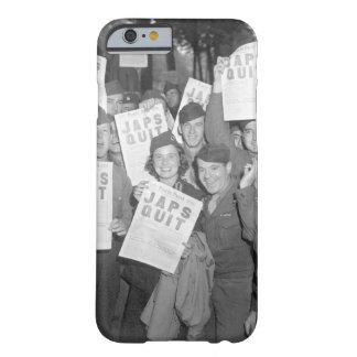 SOLDADO ENROLLADO EN EL EJÉRCITO en la imagen de Funda De iPhone 6 Barely There