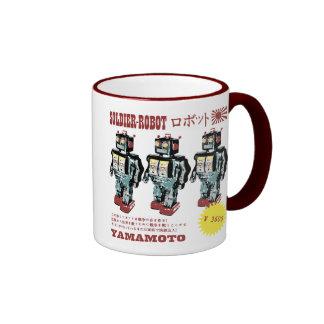 Soldado japonés del robot del juguete taza de café