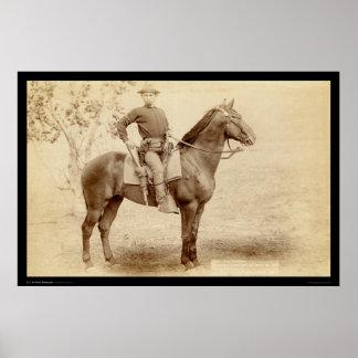 Soldado y caballo en el campo Cheyenne SD 1890 Póster