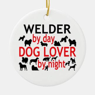Soldador del amante del perro del día por noche adorno navideño redondo de cerámica