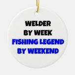Soldador por leyenda de la pesca de la semana por adorno navideño redondo de cerámica