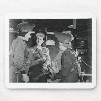 Soldadores de las mujeres tapetes de raton