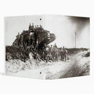 """Soldados alemanes de WWI, el tanque inglés Carpeta 1"""""""