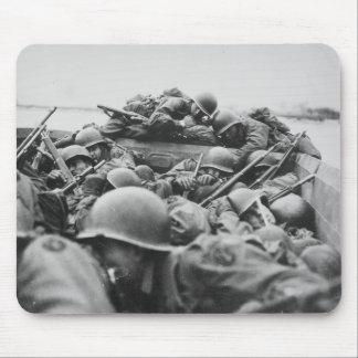 Soldados aliados de la Segunda Guerra Mundial que  Mousepad