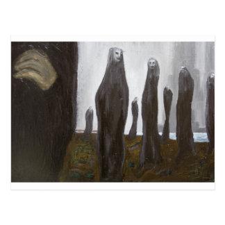 Soldados altos (surrealismo blanco y negro) tarjeta postal