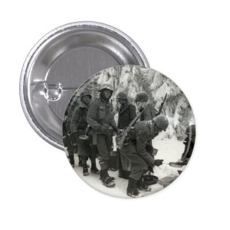 Soldados americanos de WWII en Bélgica Pin Redondo De 1 Pulgada