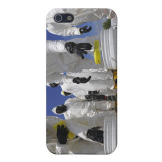 Soldados de los E.E.U.U. del 457o batallón químico iPhone 5 Carcasa