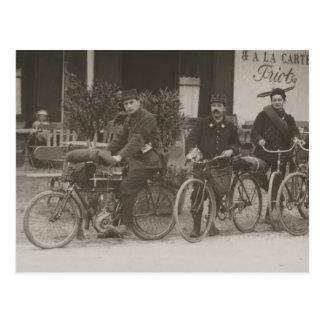 Soldados franceses, coche, moto postales