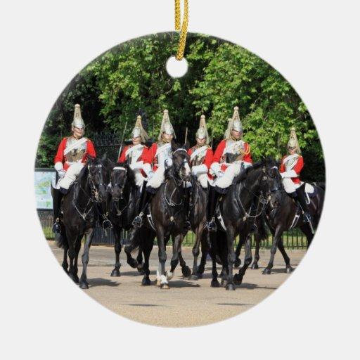 Soldados montados caballería del hogar en la foto adorno navideño redondo de cerámica