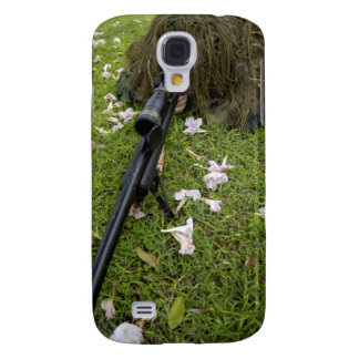 Soldier practices sniper tactics galaxy s4 cover