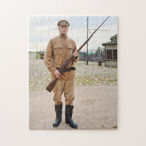 Soldier with  gun in retro style picture puzzle
