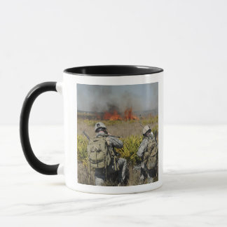 Soldiers call in information mug