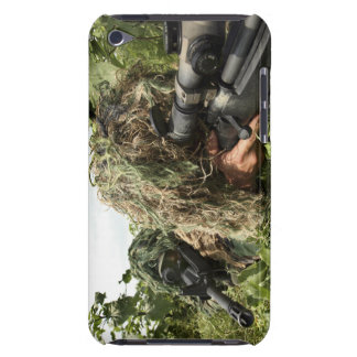 Soldiers dressed in ghillie suits iPod touch covers