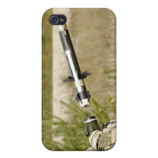 soldiers firing an FGM-148 Javelin iPhone 4/4S Cover
