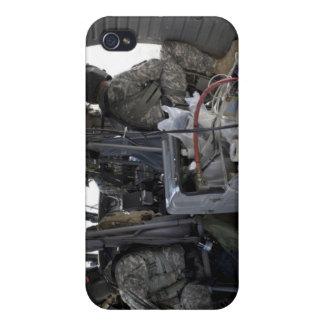 soldiers watch for hazards iPhone 4/4S cover
