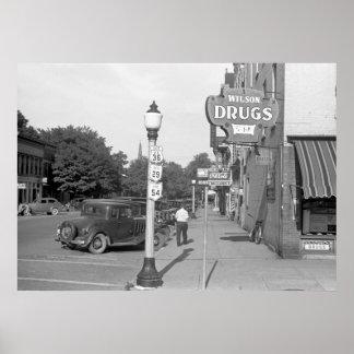 Soledad de la pequeña ciudad, los años 30 poster