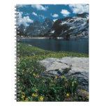 Soledad del lago, parque nacional magnífico de spiral notebook