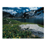 Soledad del lago, parque nacional magnífico de tarjetas postales