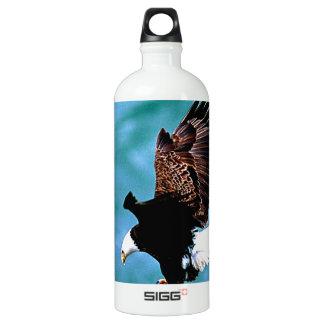 Solid Landing bald eagle bird predator SIGG Traveler 1.0L Water Bottle