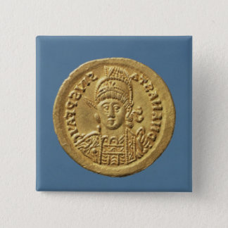 Solidus  minted by Theodoric I Button