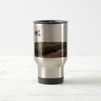 Solit�ria, Ela Representa A Natureza Sobrevivendo Coffee Mug