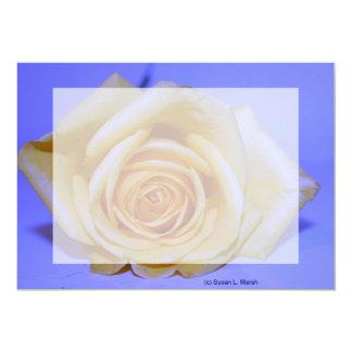 """Solo azul color de rosa amarillento teñido invitación 5"""" x 7"""""""