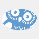 Solo búho azul pegatina ovalada