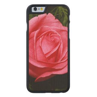Solo color de rosa rosado funda de iPhone 6 carved® slim de arce
