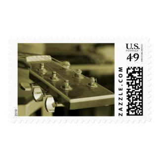 Solo guitar postage