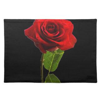 """Solo rosa rojo "" Mantel Individual"