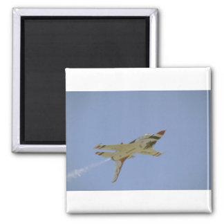 Solo Thunderbird que vuela upside-down Imán